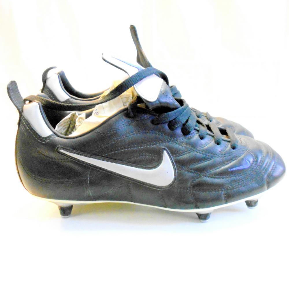 nike scarpe calcio tacchetti