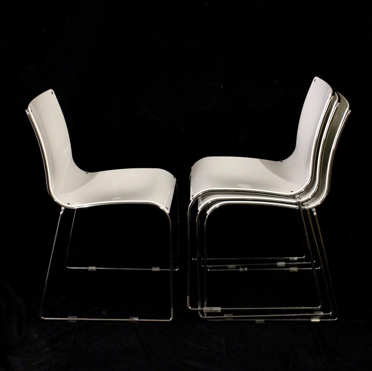 Sedie Moderne In Plastica.4 Sedie Bianche Moderne Impialbili Acciaio E Plastica Laccata